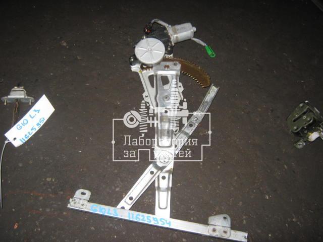 Стеклоподъемник электр. задний левый